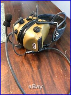 3M 93441 Two-Way Radio Headset